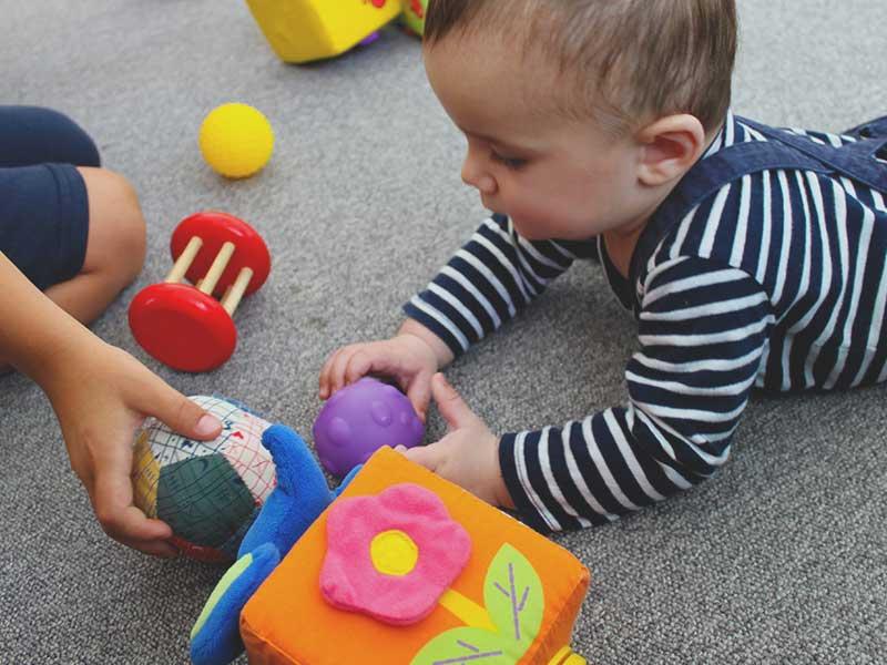Kleinkinderspielzeug von der Tagesmutter in Ulm